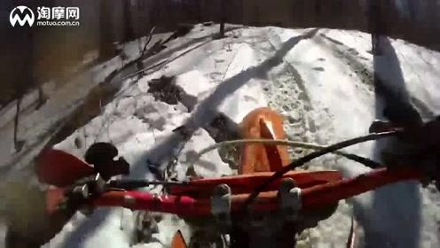 冬季驾驶 KTM 300 MXC丛林穿越