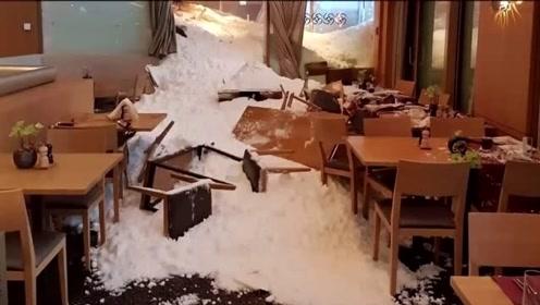 暴雪横扫欧洲致21人死 一旅馆遭300米雪崩倒灌