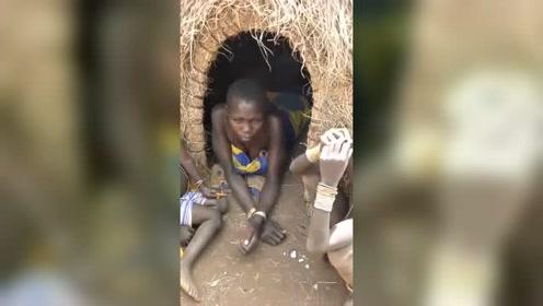 非洲原始部落最真实的样貌,你还有脸浪费粮食吗?
