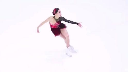 女神表演花样滑冰,单腿原地旋转太牛,把我都给看晕了!