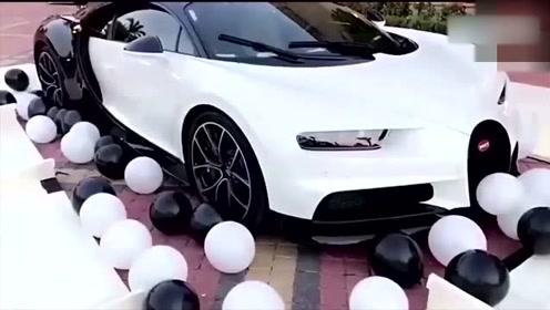 迪拜王子得到一辆超级跑车作为礼物,打开箱子后才是霸气的开始!