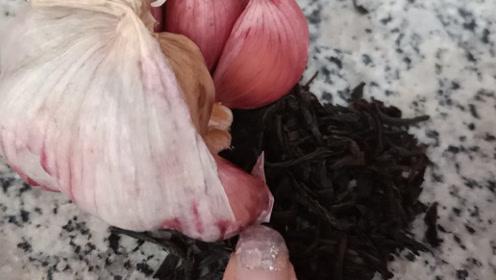 为何要把大蒜和茶叶放一起,不曾想有这样的妙用,快去试试