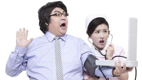 有这些行为的人,更加容易患高血压,看完记得告诉父母!