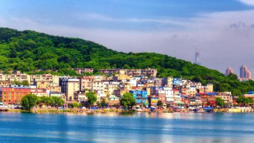 背靠珞珈山临东湖,武汉风光村的晨曦太美!