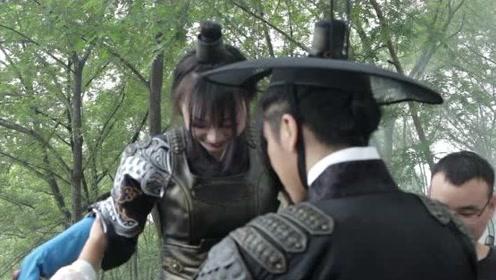 《镇魔司:苍龙觉醒》花絮:刺客走路带风,原来是酱婶儿的鸭!