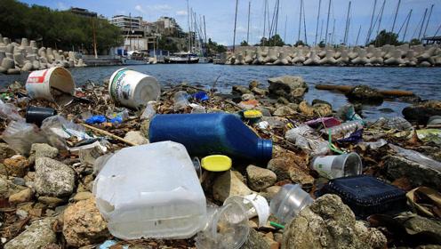 加拿大2021年起禁用一次性塑料用品,每年浪费太大,超400亿元