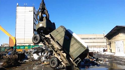 这个机械厉害了!一辆货车瞬间撕裂成两半,场面触目惊心