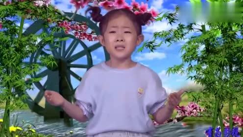萌娃小玉玉长大了,演唱一首《梦中的妈妈》,小小年纪明星范十足