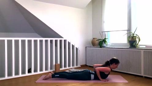 加强与伸展肩膀瑜伽 !