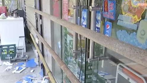 商户从二房东租房到期,物业断水断电堵门赶人:社区进入处理