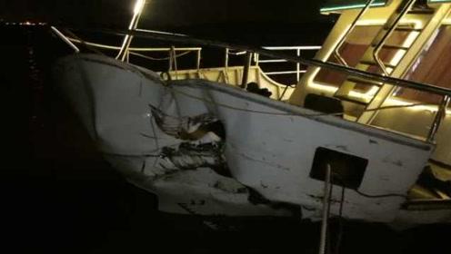 哈尔滨松花江客轮与运沙船相撞,致51人受伤,运沙船逃离