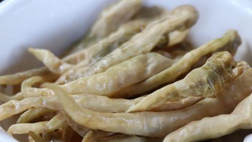 """湖南最出名的""""白辣椒"""",做法正宗,装坛后3年不会烂,值得收藏"""