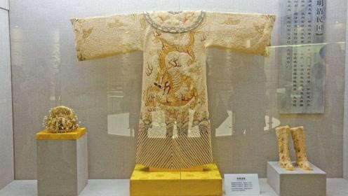 皇上的龙袍从来不洗,而且不换,难道皇帝不嫌脏吗?