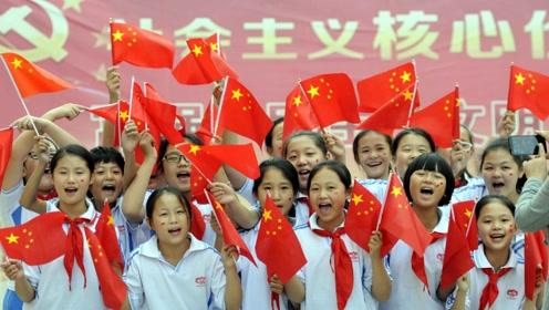"""为什么中国人普遍""""爱国""""?留学生亲身体验告诉你,全程太震撼了"""