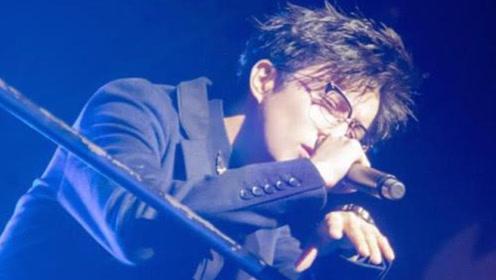 为啥薛之谦演唱会11排5号座永远不卖?网友:他心里永远的痛!