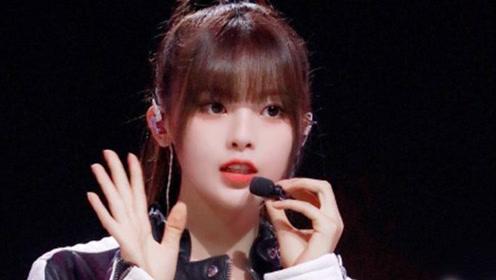 杨超越更博晒自拍,为了《明日之子》总决赛,她特意换了新发型