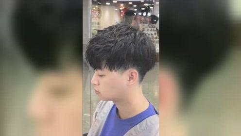 男生碎盖头发型怎么剪 这样剪呆图片