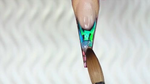 怎样做一个与众不同的绿水晶甲