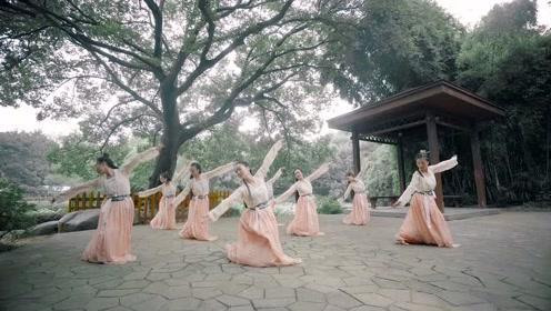 中国舞《凤翼》人若远方,聚散道作寻常!