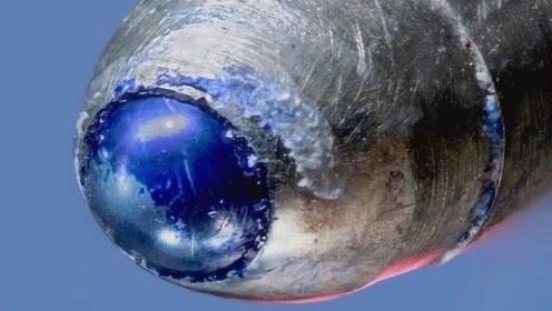"""显微镜下观察圆珠笔""""出墨"""",小小笔头大有玄机,仔细看别眨眼"""