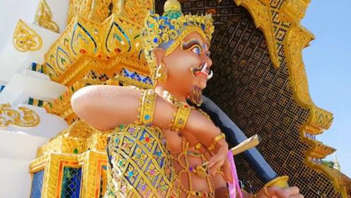 """泰国最""""潮""""的寺庙,佛像穿名牌玩手机"""