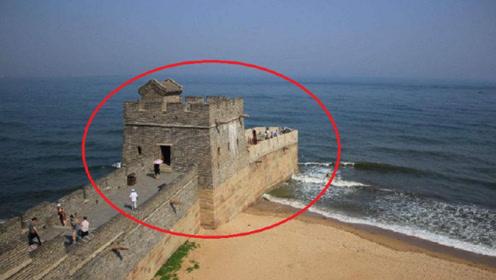 长城的尽头竟然在大海中,老外看后直呼:中国古人简直聪明绝顶!