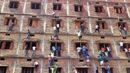 """世界上高考作弊最""""猖狂""""国家,家长翻墙送答案,让人哭笑不得"""
