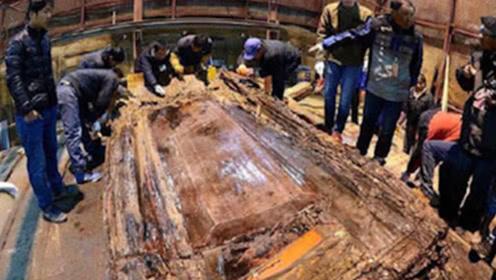施工队开采石料,一炮炸出世界第八大奇迹,现今国家下令禁止展览