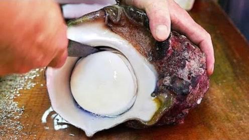 日本大厨的刀工有多强?轻松巧取海螺肉,仔细看别眨眼
