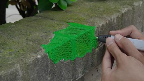 小伙用3D打印笔修复墙面,随便一画就好了,网友:比方便面好使