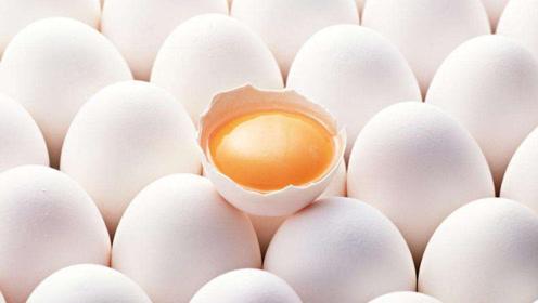 每天吃一个鸡蛋好处多,但是要注意,2类人最好一口都别吃