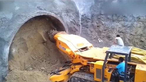 现代大型隧道掘进机,科技的力量,太先进!