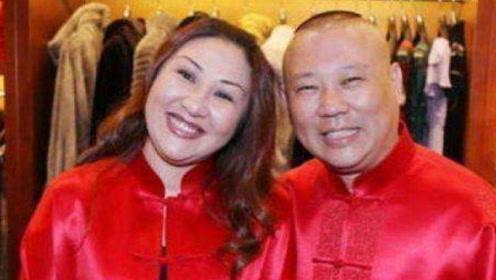 看看郭德纲前妻,再看他的现任妻子王惠,网友:差距不是一点半点