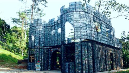外国商人用4万个瓶子造城堡,高14米共4层,还能冬暖夏凉!