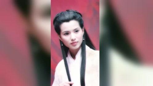 """同样是""""书生装"""",赵丽颖最为可爱,看到李若彤想嫁"""