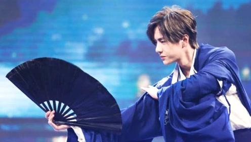 李沁跳舞谁注意到王一博的表情?钱枫的总结很到位