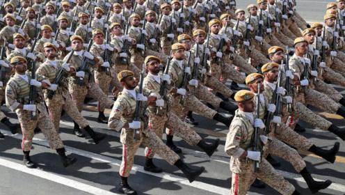 伊朗大阅兵:一种战法威慑联军 一个展览打脸美国