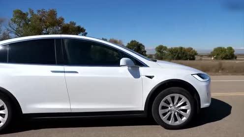 纯白欧气特斯拉Model X