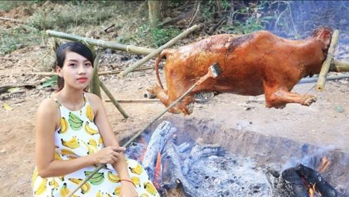 大家吃过烤牛排,但是你见过烤整牛吗?美女亲自下厨让你开眼!