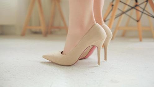 40岁女人少穿这几种鞋,鞋子避免搭配错误,显老又没气质