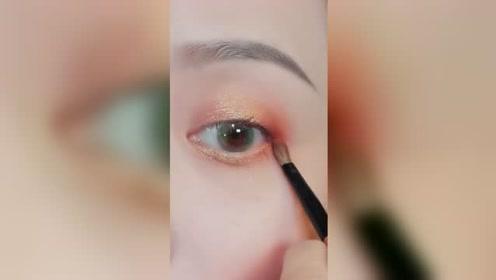 非常简单的化妆小技巧,手残党一学就会哦!