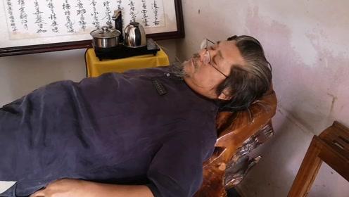 大师的午睡,太霸道了!