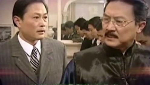 他是洪世贤的父亲,戏外悉心照顾患癌妻子,却在拍戏中途离世