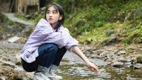 在彭昱畅在努力健身,谁注意到张子枫在干啥?网友:深藏不露!