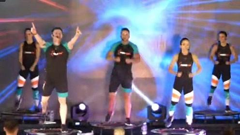 power jump 61室内团体蹦床课程 有氧蹦床
