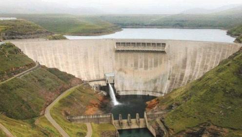 """我们在非洲建成超级工程,截断世界最长河流,堪称""""非洲三峡"""""""