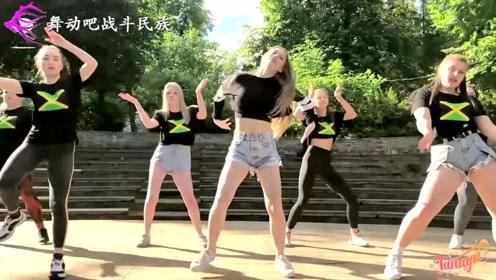 俄罗斯初中女生们的街舞表演把我看呆了:效果太拔群了