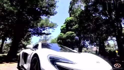 土豪新买豪华跑车发网上炫耀,可接下来网友评论让他尴尬了!