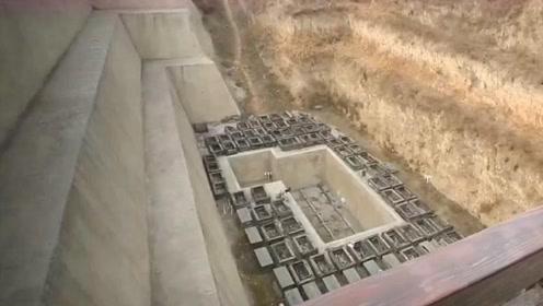 江西古墓发现46名赤身少女陪葬,打开棺椁后,专家顿瞬间脸色大变