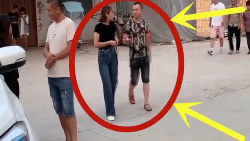 夫妻走在路上,女子一声怒吼,整条街的男人都跪下了!